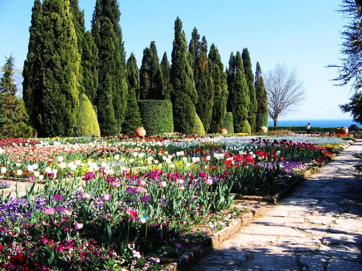 """""""The Palace and the Botanical Garden"""" in #Balchik is the most famous and beautiful place in the city, that you can not miss"""