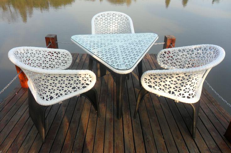 Купить товар2015 новый открытый плетеная обеденный стол со стульями и патио столовая установить # M665 в категории Садовые гарнитурына AliExpress.  2015 Новый Открытый плетеная обеденный стол с стулья и Патио Обеденный набор # M665             Важное замечание