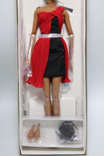 fa88041a9a43 NRFB-Elyse-Net-a-Porter-Jason-Wu-10th-Anniversary-doll-Integrity-Fashion- Royalty