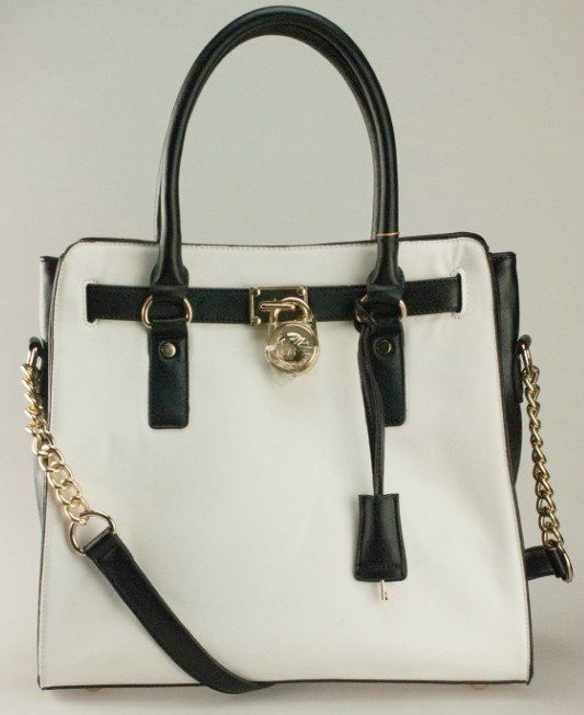 We have Michael Kors Bags with discount and exquisite design. There are many styles for you to choose.