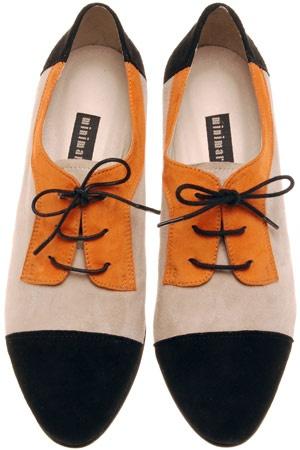 The man shoe.  Divine colours.