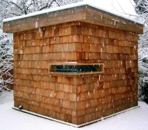 sauna : shingles, great window placements w. a sod roof would be sweet