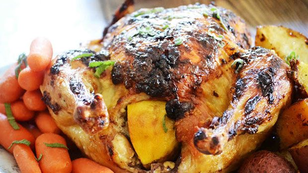 Mindent vivő sült csirke http://egyeletstilus.hu/bejegyzesek/1066/a-mindentvivo-sultcsirke-receptje