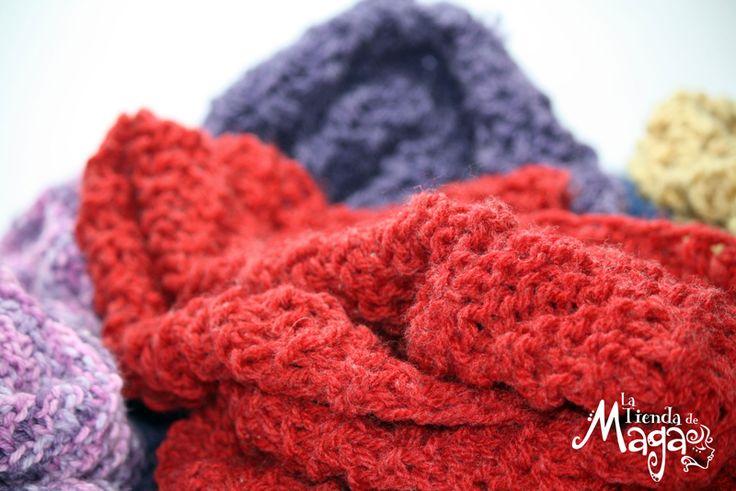 Evita el frío con estilo: http://latiendademaga.com/index.php/tejidos?page=shop.product_details&flypage=flypage.tpl&product_id=69&category_id=5 Hay de muchos colores y son #UniSex