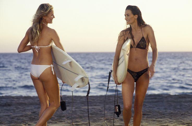 """Demi Moore. Tenía 40 años cuando, en el 2003, apareció en la película """"Charlie's Angels: Full Throttle"""" luciendo un minúsculo bikini negro. Su cuerpo tonificado levantó pasiones y envidia entre hombres y mujeres."""