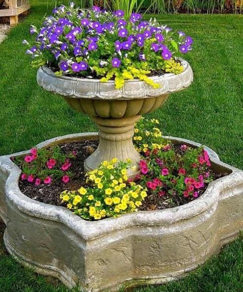 Repurposed things crafts for the yard repurposed for Yard planter ideas