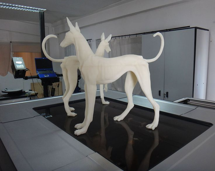 Mecanizado de Piezas Escultóricas en resina. Mecanizado de Poliespan www.poliespan.com