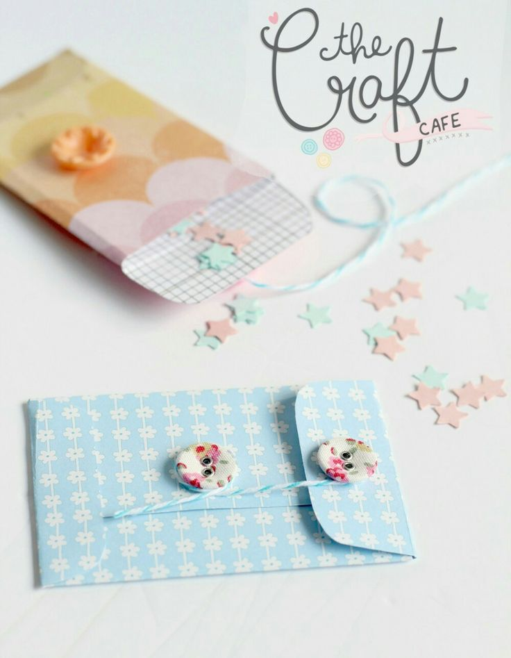 DIY mini envelopes - perfect for business cards and confetti! Free template.