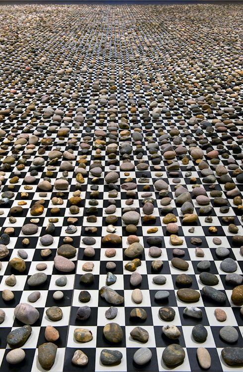 Mark Wallinger, Study for 1000000000000000. 2012, installation, stones