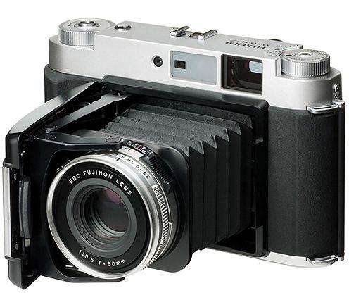 Fujifilm-GF670.jpg (496×426)