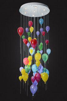 Люстра потолочная в виде воздушных шаров разного цвета отлично подходит в Детскую комнату или в детские дошкольные учреждения