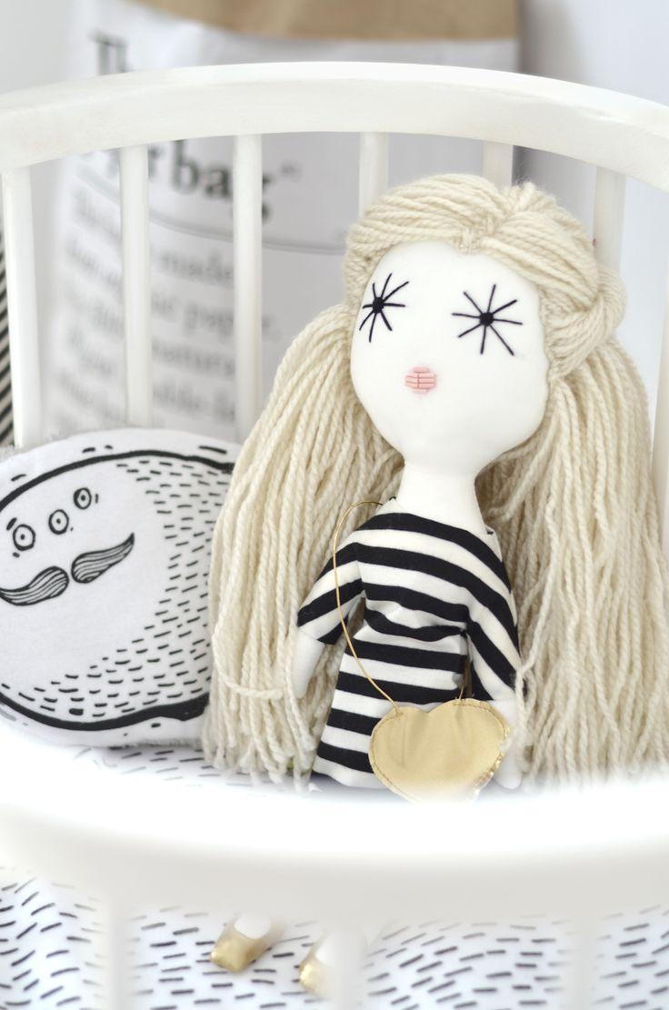 Handmade dolls >> http://www.mamissima.pl/laloushka  Photo by Luna w Chmurach
