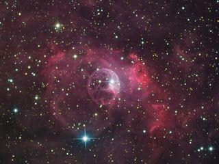 CLARISSIMUS: Bublinová mlhovina v souhvězdí Cassiopeia