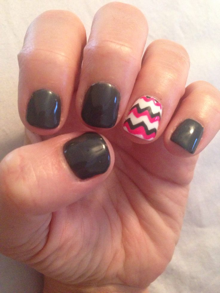 Spring Nails, Modern Gray With Painted Chevron Design