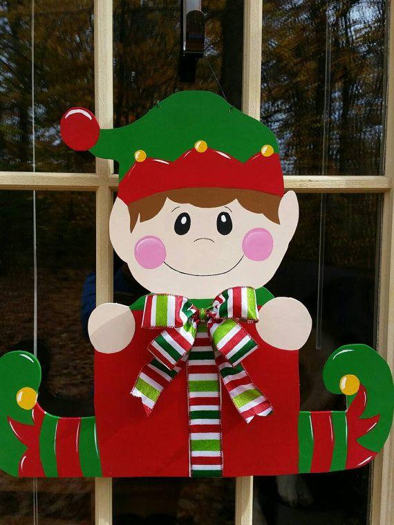 He encontrado este interesante anuncio de Etsy en https://www.etsy.com/mx/listing/253421990/christmas-door-hanger-christmas-wreath