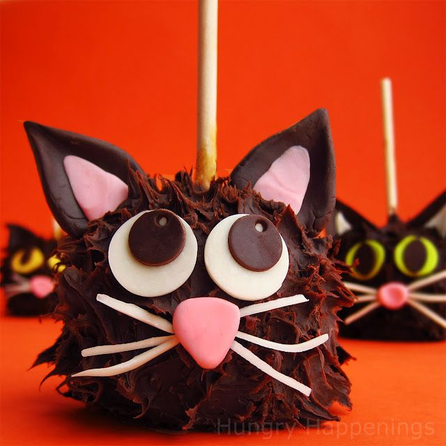 Black Cat Caramel Apples