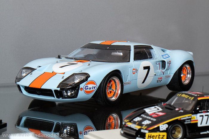 Spielwarenmesse 2015 - Spark Models, 1:18 & 1:12 | auto & modell
