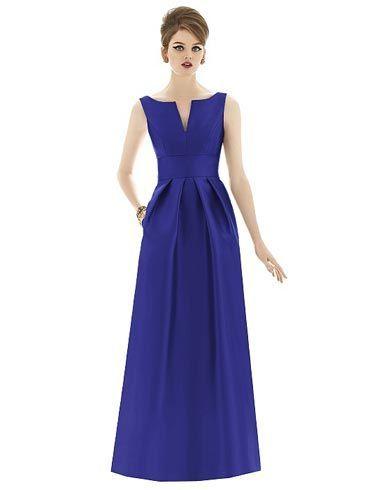 vestido longo e estruturado azul