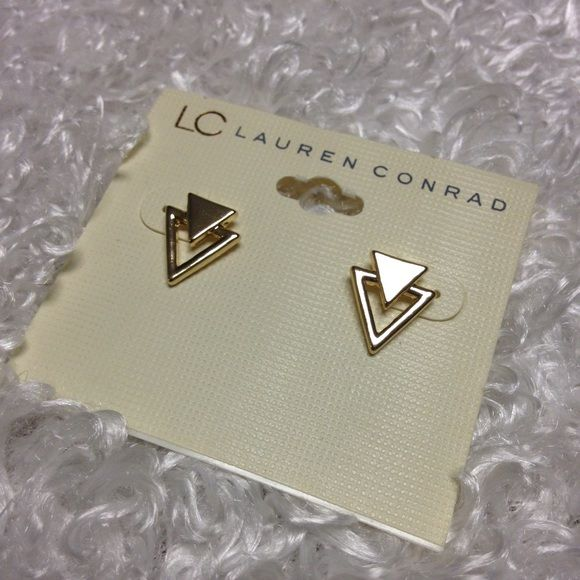 NWT LC Lauren Conrad gold triangle earrings New with tags ✨ gold double triangle earrings, no flaws, no trades LC Lauren Conrad Jewelry Earrings
