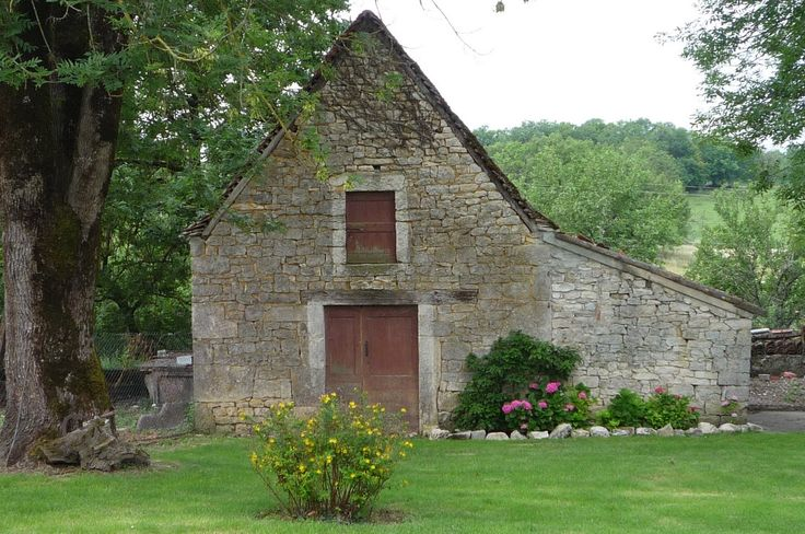 Old Farmhouse with Barn | Lot of French Property with Century 21 and Kim!
