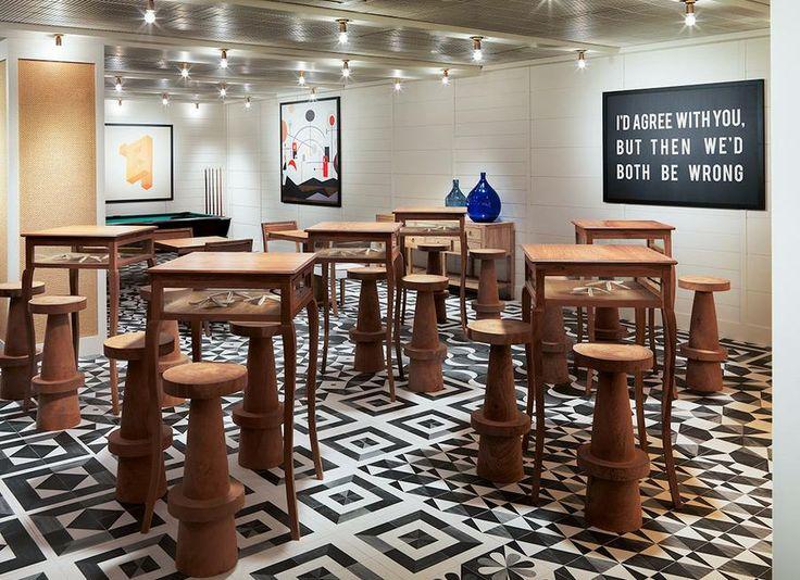 ¡¡Así de bonitos lucen los #azulejos #artesanos de la serie Hidráulic en el Hotel 10 Vintage Salou!!  El hotel ha reformado recientemente parte de sus instalaciones y el resultado, como podéis comprobar, es espectacular.  #suelos #hidráulicos #vintage #decoración