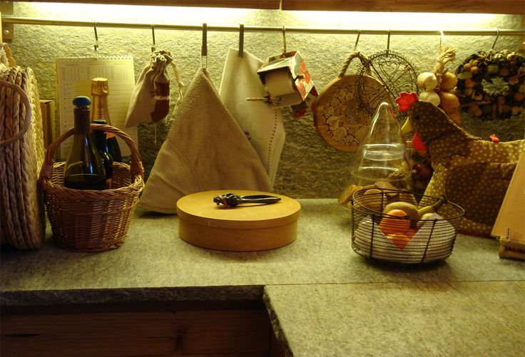 Mountain side | Engadina | St. Moritz | Interior | Home | Kitchen | Montagna | Interni | Engadina | Chalet | Project by Studio Ansbacher Manzoni