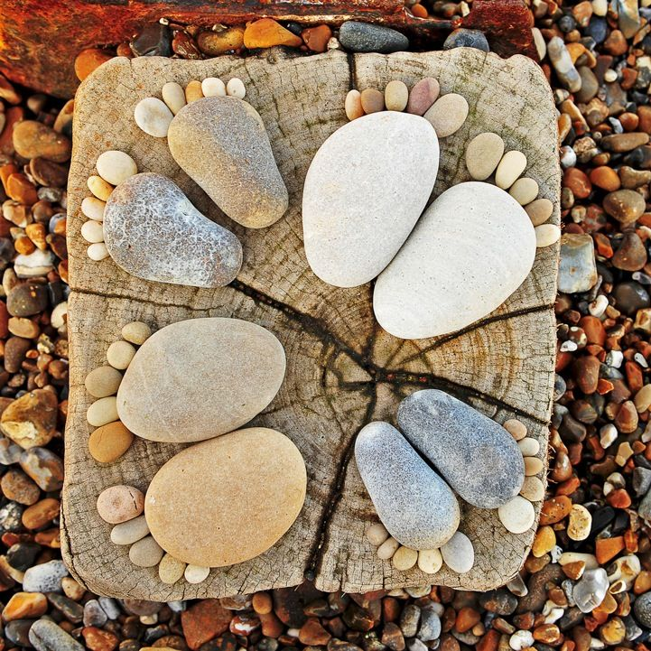 beachcomber: Mosaics Step Stones, Foot Prints, Baby Feet, Rivers Rocks, Rocks Feet, Cute Ideas, Footprint, Families Circles, Kid