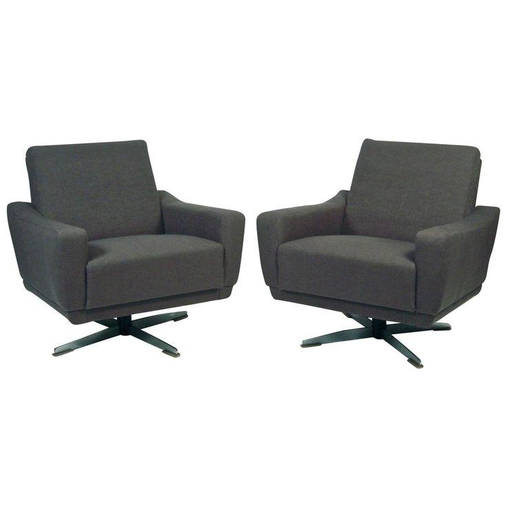 Mid Century Modern Swivel Lounge Chair