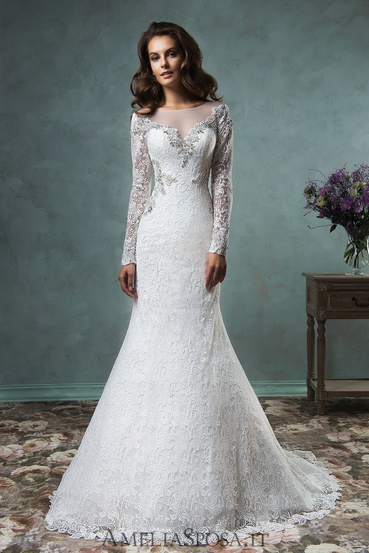 Wedding Dress Tiffany, Silhouette: Sheath / Mermaid