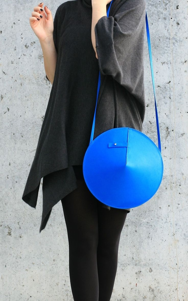 Circle Bag   by IF irinaflorea   geometric   minimalist   leather   blue   https://www.facebook.com/irinafloreadesign/