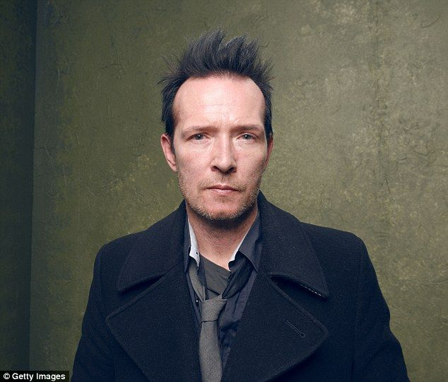 Found dead on tour bus: Scott Weiland