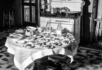 Retro jídelníček na celý týden a navíc recepty na moučníky a bezmasá jídla (1929)