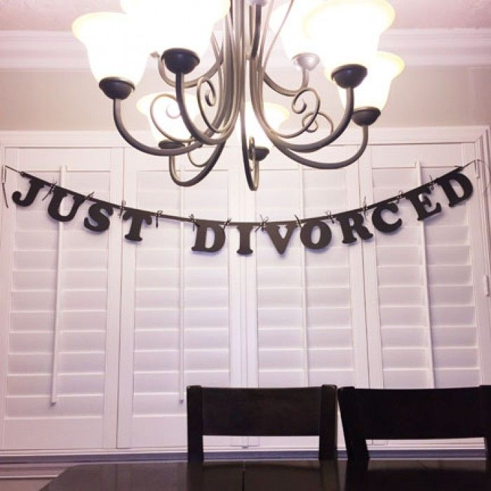 JUST DIVORCED Black Letter Banner, 6 Feet Connected with Black Ribbon