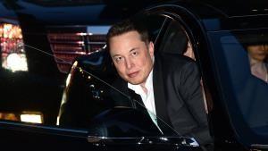 Tesla mulling own streaming music service