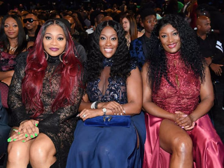 Can we stop and discuss how one of our favorite female R&B groups, SWV, took us down memory lane during the Soul Trains Awards this past weekend 😩  We thought the performance couldn't get any better and then they brought out members of the legendary rap group Wu-Tang Clan!  What was your favorite performance of the night?  Let us know below!