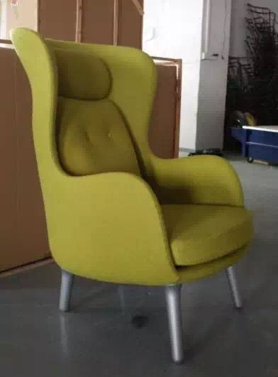 Cheap Modern Leisure Chair Cloth Seat Living Room Chair  http://www.rongfuoffice.com/product/cheap-modern-leisure-chair-cloth-seat-living-room-chair/