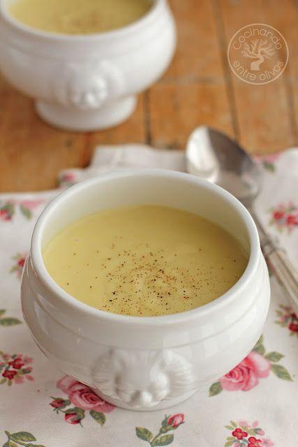 Cocinando entre Olivos: Vichysoisse. crema de patata y puerro. Receta paso a paso