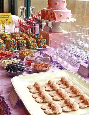 pajama birthday party...so many cute ideas here!