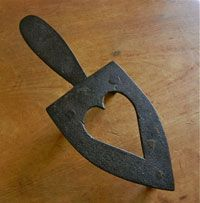 Early 19th Century Hand Wrought Iron Heart Trivet