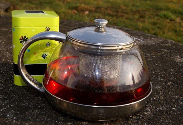 Zaparzacze do herbaty i zachwycający rooibos