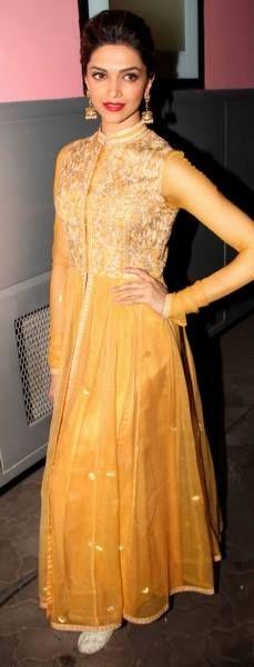 Celebrity Style Salwar Kameez - Deepika Padukone | Bollywood Celebrity |