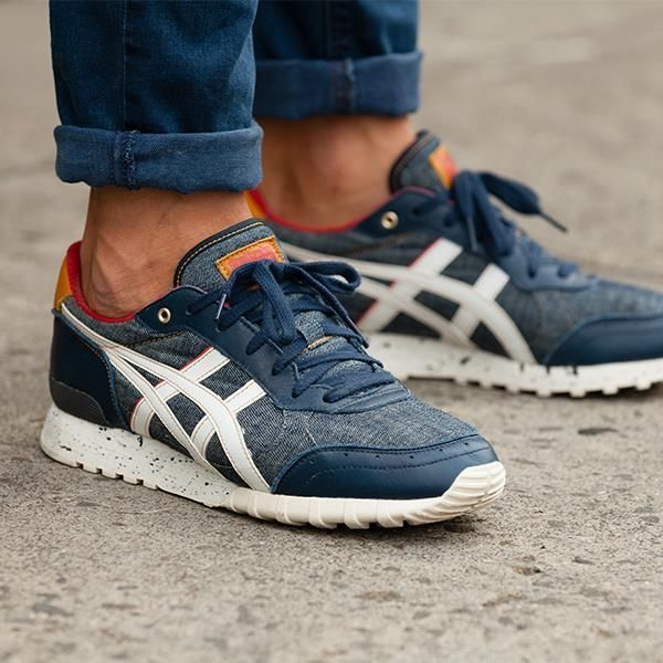 asics tiger on feet
