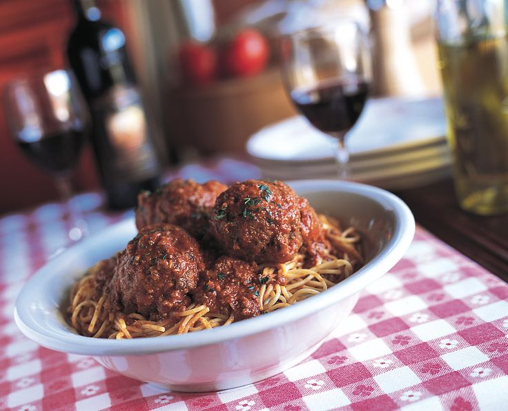 Maggiano's Spaghetti and Meatballs Recipe- straight from Maggiano's!