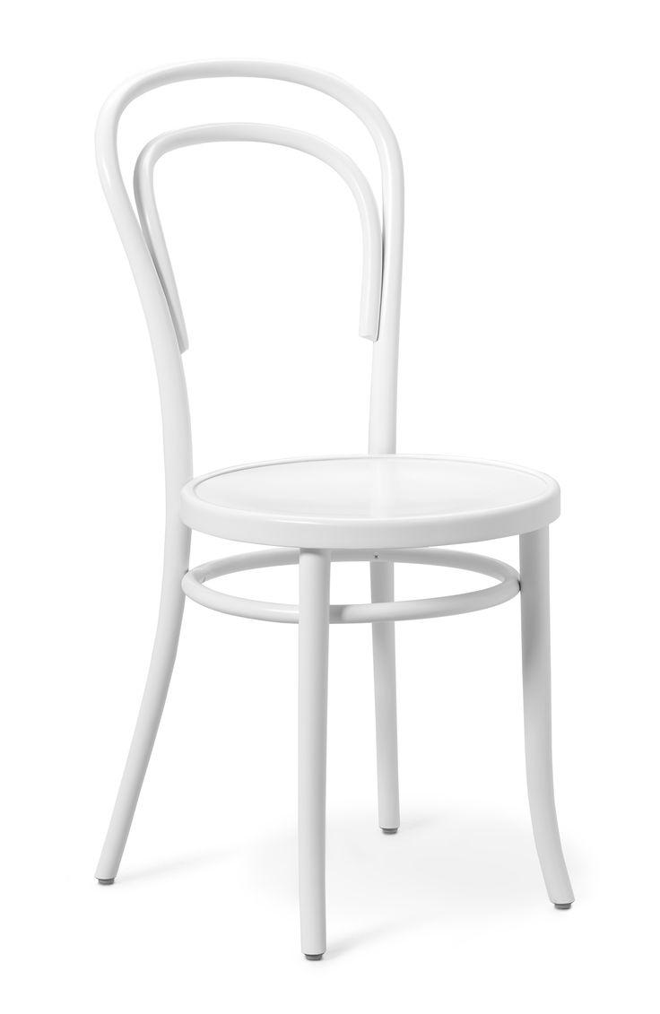 """Thonet stol no 14 är formgiven av den kända möbeldesignern Michael Thonet. Året var 1859 då han lyckades skapa vad som kom att kallas """"Stolarnas stol"""" som än idag är en av världens mest omtyckta klassiker. Thonet no 14 är tillverkad i massiv formpressad, manuellt böjda bokstänger, och är med sitt fantastiska formspråk och lätta vikt väl värd sitt smeknamn."""