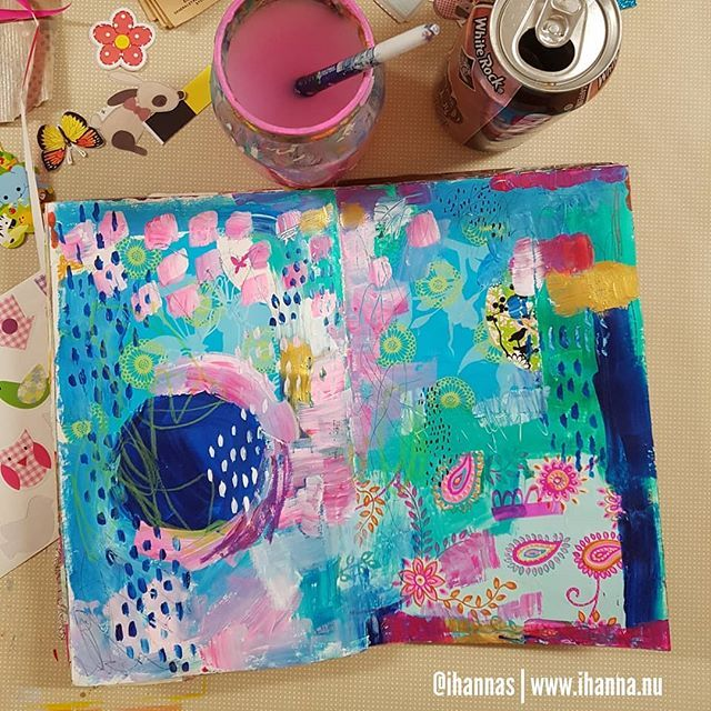 From iHannas on Instagram / Hanna Andersson: Art Journal page with collage & lots of paint fueled by Root Beer not the easiest thing to find in Sweden but on occasion I buy a can and enjoy its candy infused toothpaste (!) tasting flavour! Mmm!  (BTW I have yet to find a swede that agrees with me that root beer is tasty!) #artistsofinstagram #painting #artjournaling #artjournalpage #artjournal  #artjournaleveryday #mixedmedia #alisaburke #mixedmedialayers #inspiredbycolour #rootbeer…