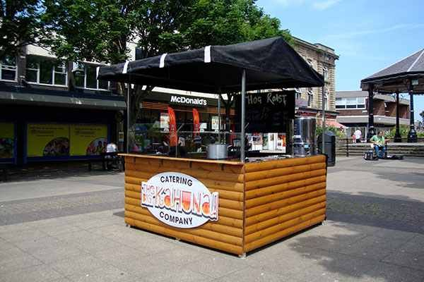 Small flat pack street food stall. Add stainless steel counters, cooking equipment, sinks, branding, bespoke your wood colour, roof colour and wood style.