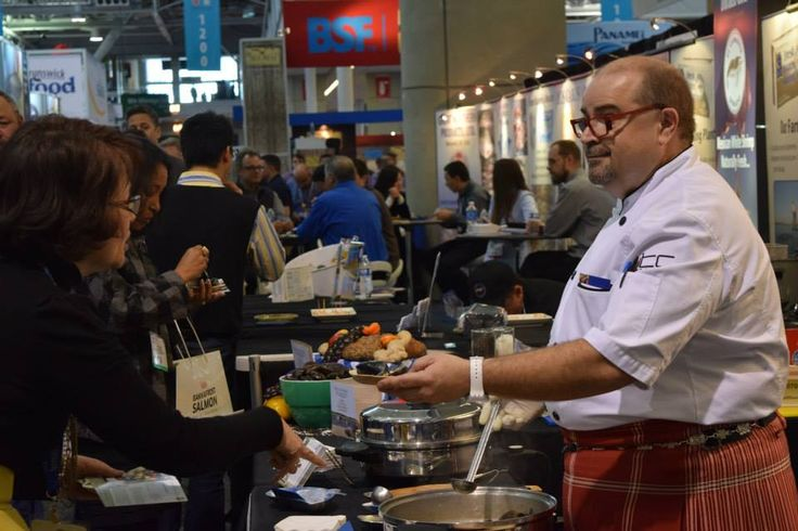 PEI mussels in the spotlight at the 2015 Boston Seafood Show with The Kilted Chef!