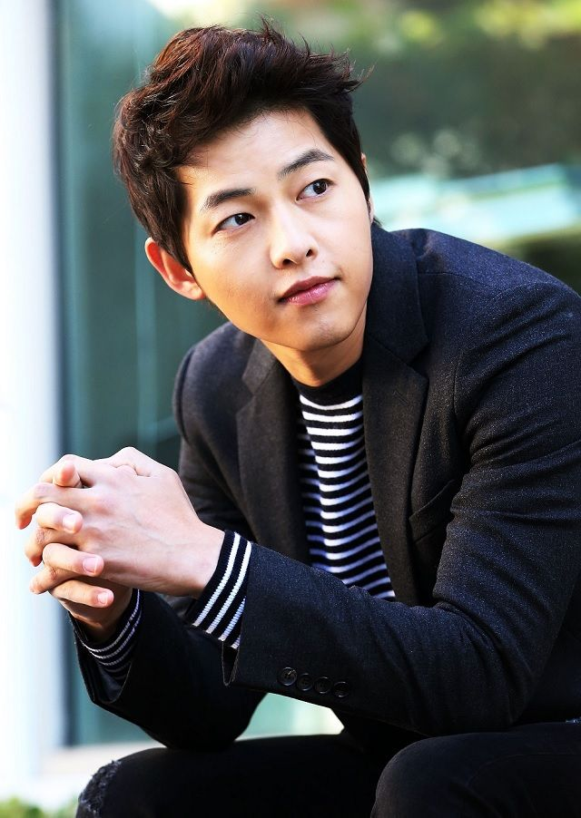 Woman unintentionally tricks family into believing she is getting married to Song Joong Ki