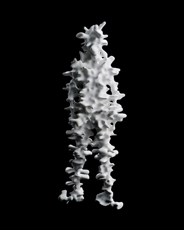 """Caras Texturizado Kohei Nawa, CdC, 04-09  """"TRANS"""" es la última serie de obras escultóricas del artista japonés Kohei Nawa .   Cada pieza es una representación suelto de una figura humana, cuya forma ha sido extraída a través de la aplicación de diversos procesos de acabado a la superficie de los motivos 3D escaneados a través de mapeado de texturas."""