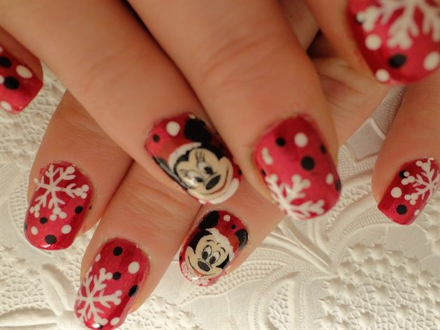Mickey and Minnie Christmas Nails